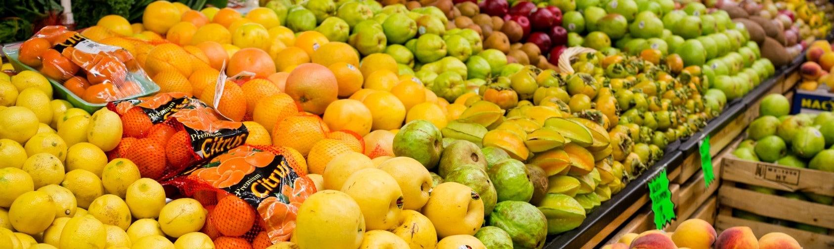 Storing Produce Ward's Supermarket Gainesville FL